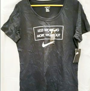 NWT Nike Womens Tee Shirt XL Work Out Top